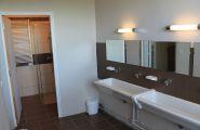 2 salles de bain collectives